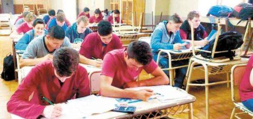 Educación secundaria: destacan que más de 6 mil alumnos aprobaron sus materias en las mesas de exámenes que se celebraron la semana pasada