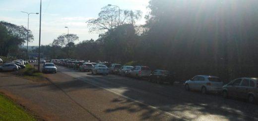 Cerca de 50 mil personas pasaron ayer por el centro de frontera de Iguazú
