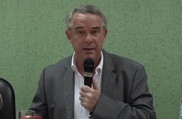 Paraguay: Desaparece avioneta en la que viajaba el ministro de Agricultura, Luis Gneiting
