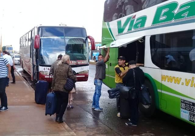 Funcionarios municipales se reúnen con el concesionario y los transportistas por el toque de andén