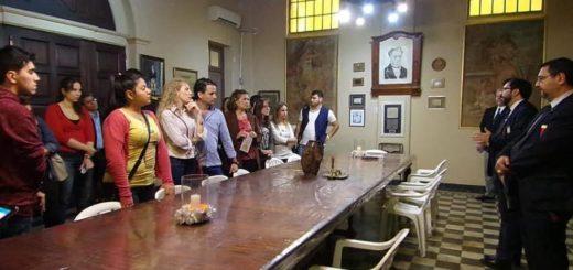 Iniciaron con éxito los recorridos culturales por la Logia Roque Pérez