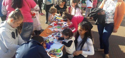 Niños y adultos disfrutaron de una tarde soleada en la costanera de Posadas e iniciaron los festejos por el Día del Niño