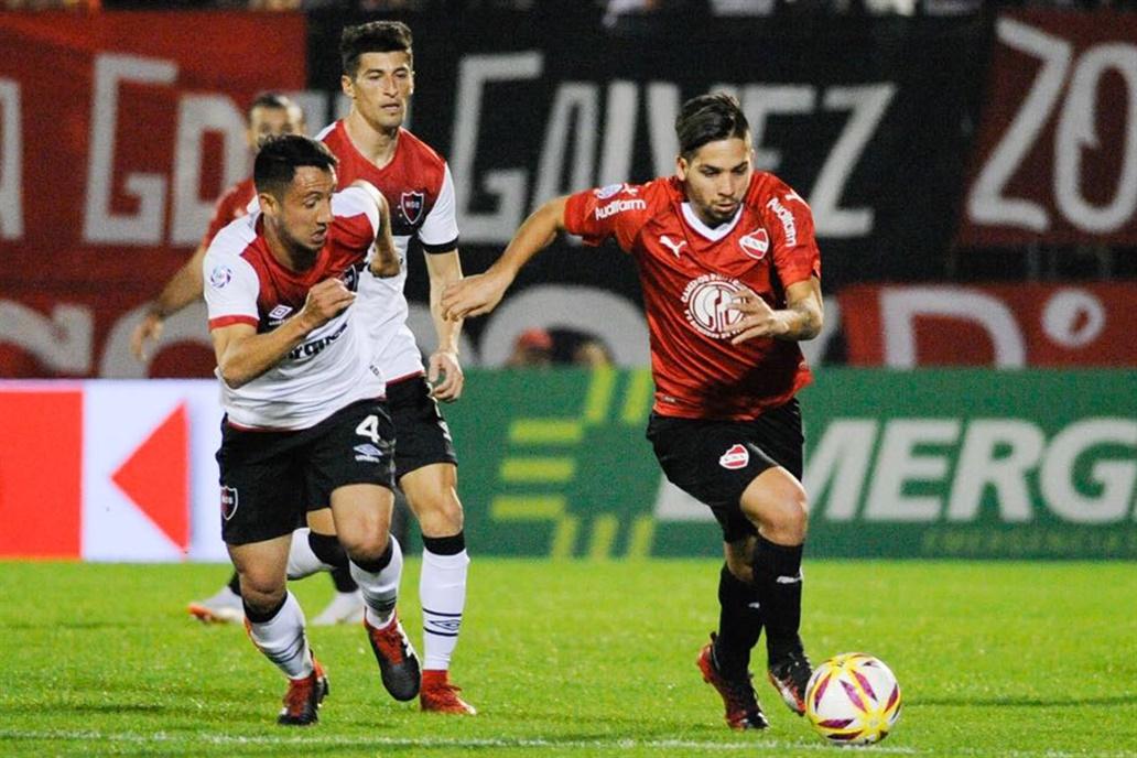 En su debut en la Superliga Independiente empató 2 a 2 con Newell's