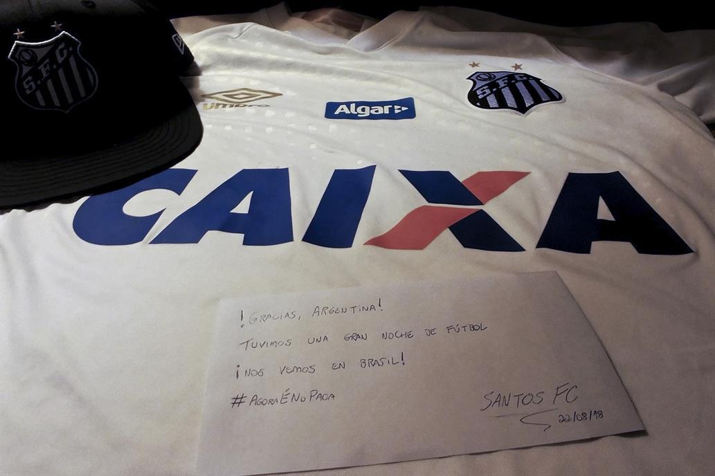 La carta que le dejó Santos a Independiente, en medio del revuelo por la inclusión de Carlos Sánchez