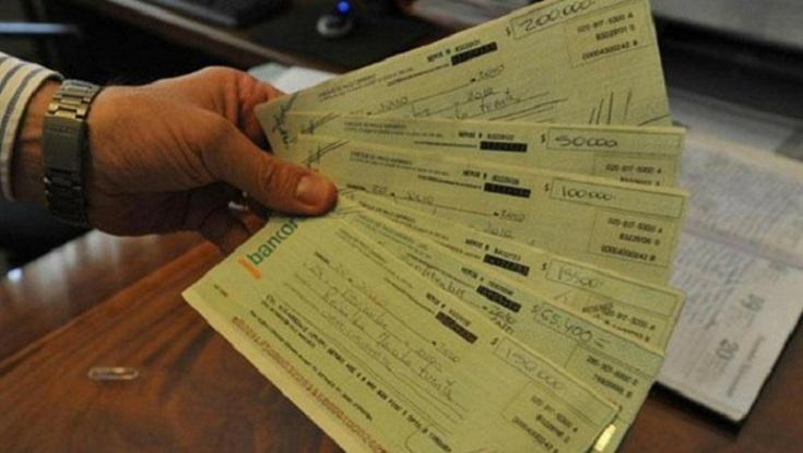 Corrientes: Un hombre estafó a siete productores comprándoles ganado con cheques sin fondo por ocho millones