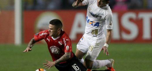 Por incidentes, el partido entre Independiente y Santos se suspendió a poco del final