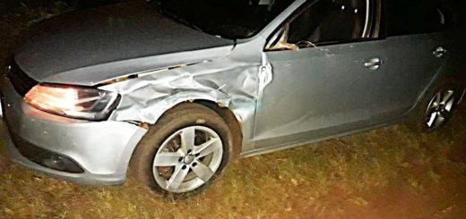 Tres jóvenes resultaron heridos al chocar una moto con un auto en la ruta provincial 19