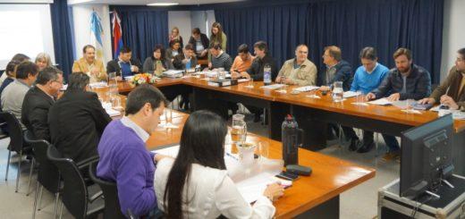 Polémica por la participación de las asociaciones de productores en la Unidad Coordinadora del FET