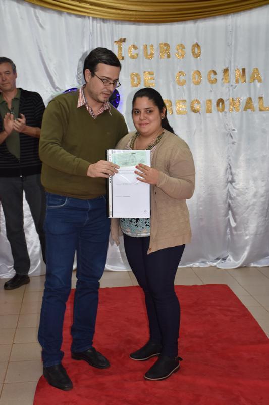 Campo Viera: entregaron $238.000 mil pesos en Créditos a Emprendedores locales