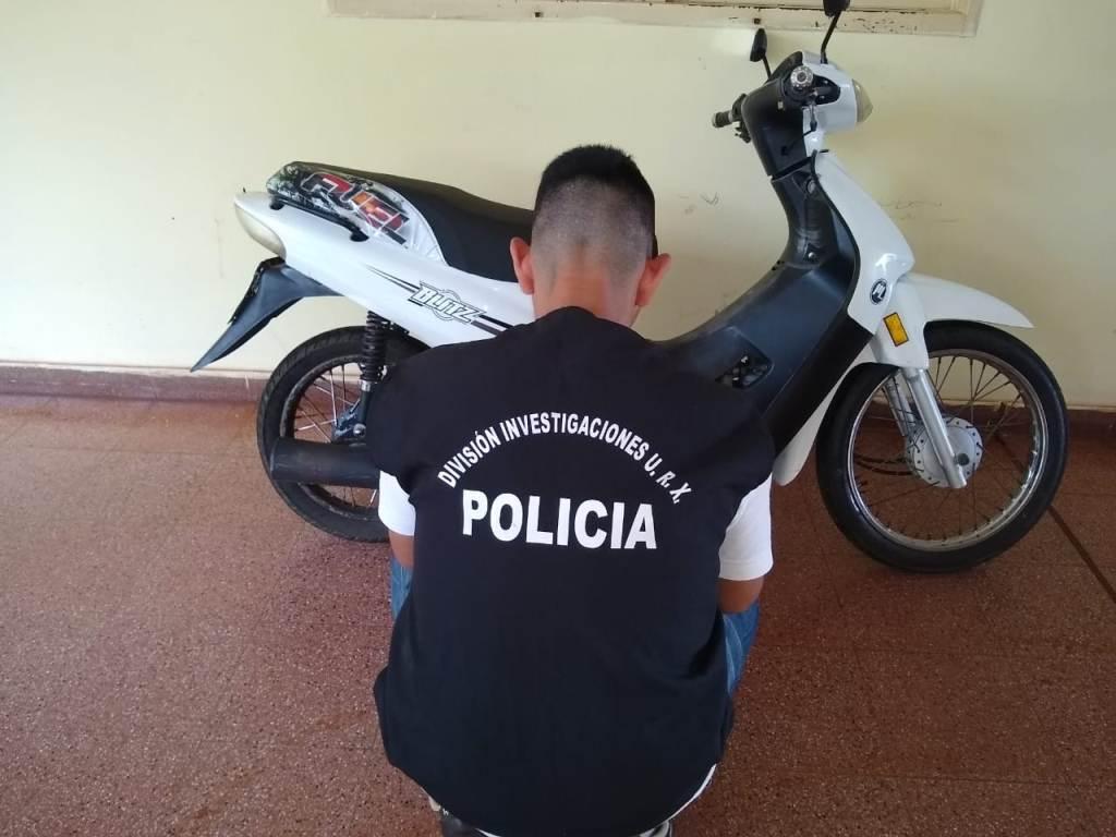 Lo buscaban por un asalto y cayó tras robar una moto en Garupá