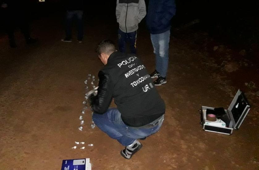 «Narcodelivery» huyó de la Policía y abandonó mochila con cocaína y marihuana en Montecarlo