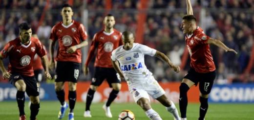 A pesar del fallo, Carlos Sánchez podrá jugar en el duelo de Santos e Independiente en Brasil
