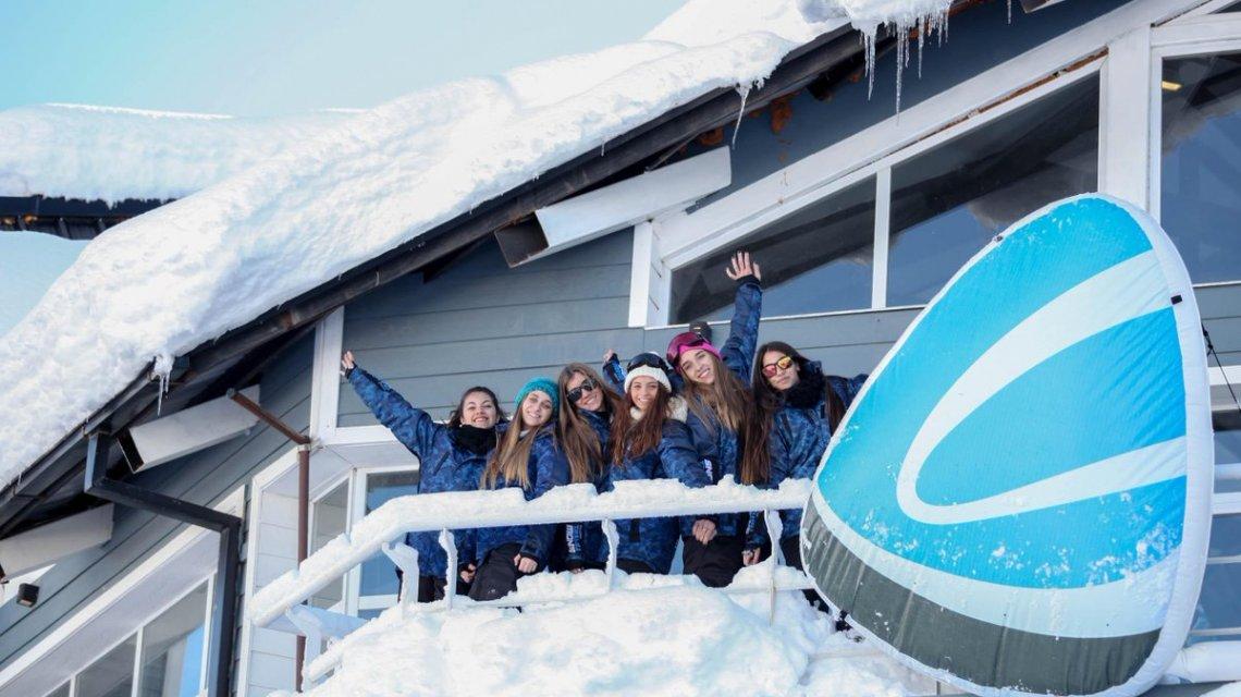 Denuncian que quebró la empresa de viajes estudiantiles Snow Travel y miles serían los adolescentes que se quedarían sin el viaje a Bariloche