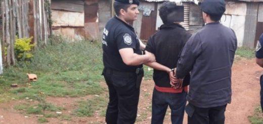 Agredió a la mamá, destrozó la casa y fue detenido