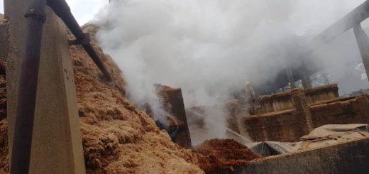 Eldorado: un incendio afectó a una industria maderera