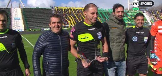 Superliga: El misionero Néstor Pitana fue reconocido en la previa de Aldosivi- Huracán