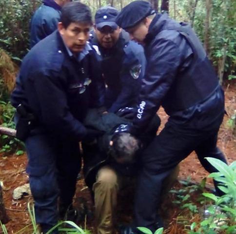Al femicida deRoca lo venció el hambre: pidió comida a un vecino, pero este alertó a la Policía y detuvieron al prófugo