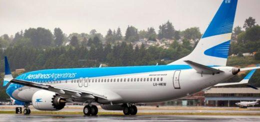 """Temor entre los trabajadores de Aerolíneas Argentinas: """"buscan generar conflicto para luego despedirnos"""""""