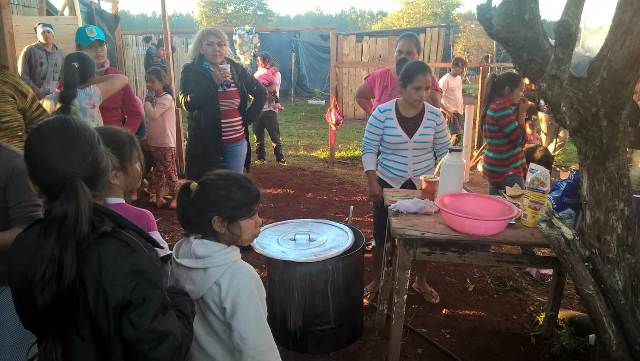 Asociación de la familia yerbatera de San Pedro colaboró para abrir un merendero en Wanda