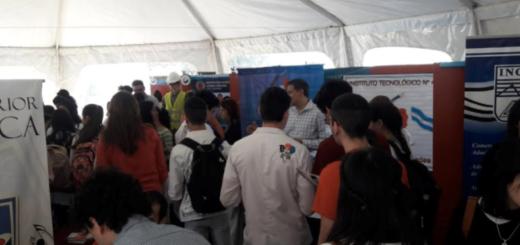 Jóvenes misioneros conocieron la oferta académica de Posadas en la Expo Ciudad Universitaria