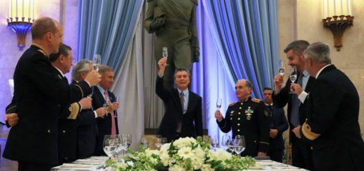 """Macri: """"Estamos sentando las bases para avanzar hacia un sistema militar moderno, profesional y flexible"""""""