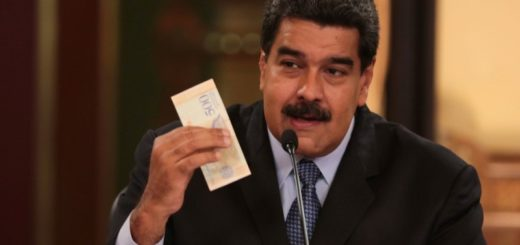 Maduro anunció fuerte aumento del salario mínimo, pero no precisó cuándo será