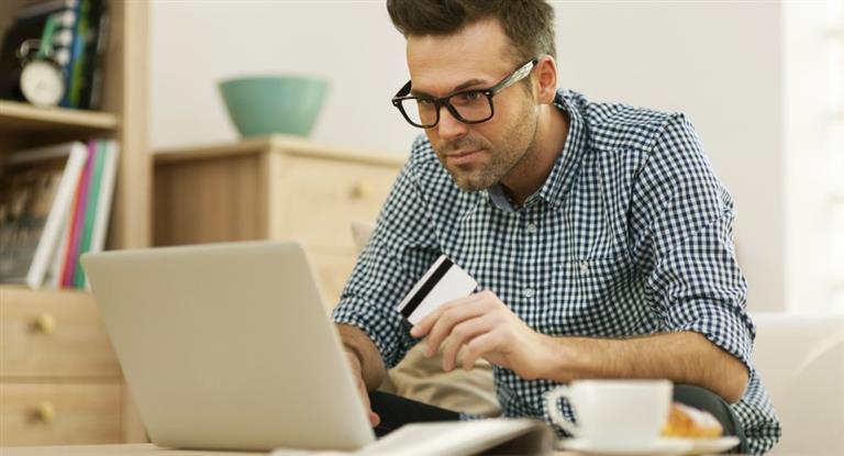 Alerta tarjetas de créditos: usuarios podrían pagar hasta 120% de interés por pagos en cuotas