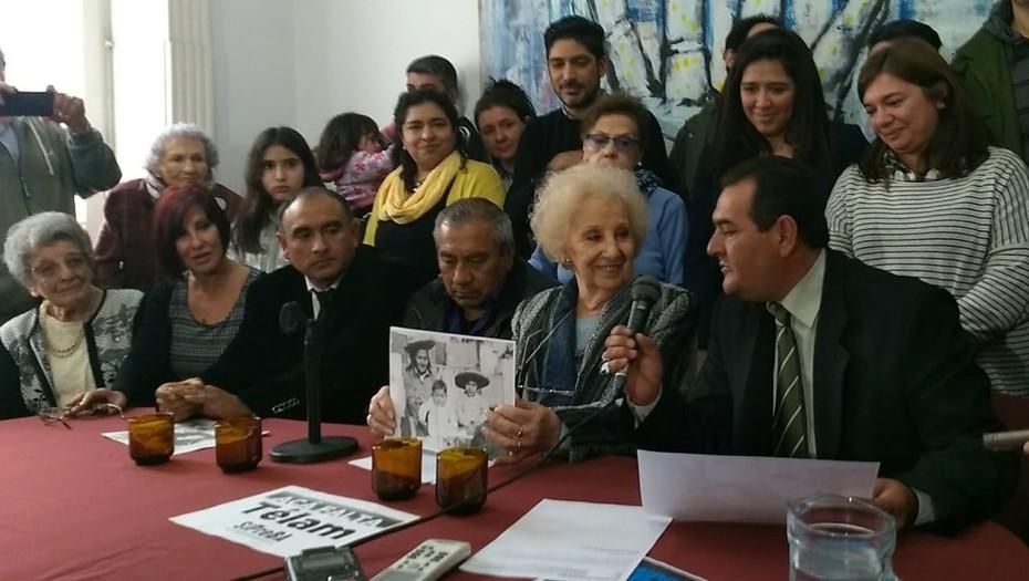 Abuelas de Plaza de Mayo presentó la historia del Nieto 128: se llama Marcos y nació en Tucumán