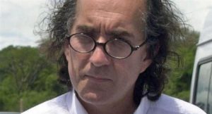 Allanaron dos casas en Uruguay buscando al prófugo ex director ejecutivo de Yacyretá, Oscar Thomas