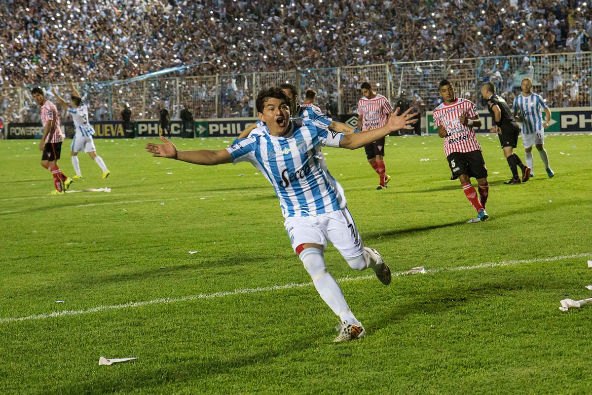 Atlético Tucumán quiere seguir haciendo historia frente a Nacional en Colombia: horario, tv y formaciones