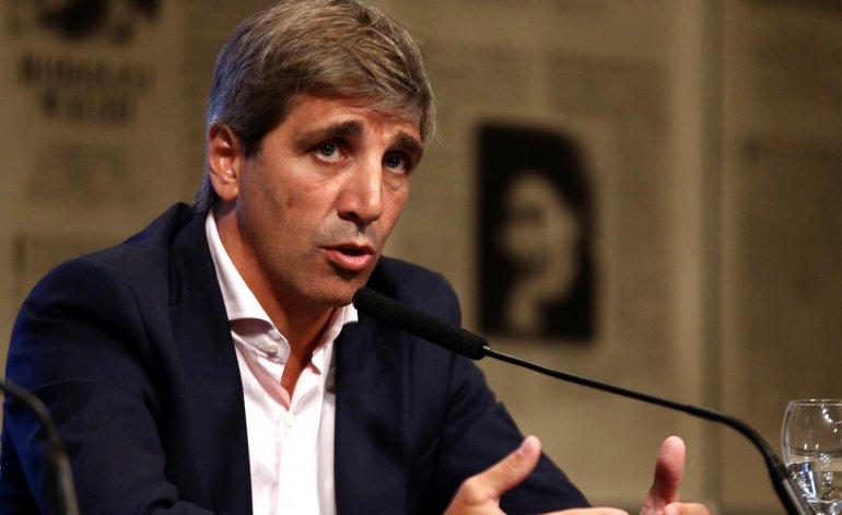 """Según el Financial Times: """"Argentina profundiza su crisis"""" con la renuncia del presidente del Banco Central"""