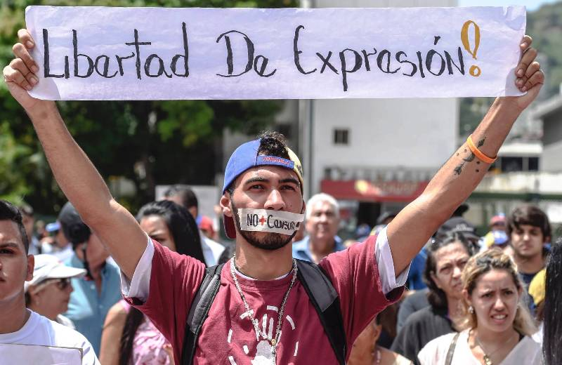 El gobierno Venezolano restringe y censura portales digitales de noticias por tener línea editorial independiente
