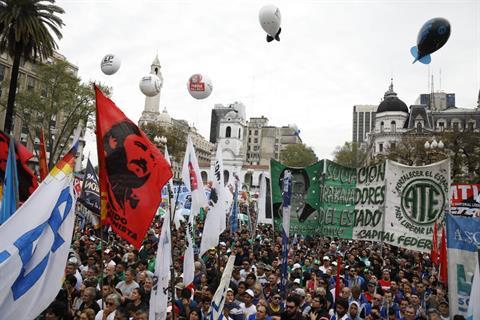 Pablo Micheli, en la Plaza de Mayo: «No alcanza con un paro, o se cae este modelo económico o estos tipos dejan el gobierno»