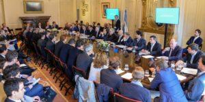 Mesa Nacional de Competitividad Foresto-industrial: las Pymes de la Madera y Mueble pidieron soluciones urgentes a Macri