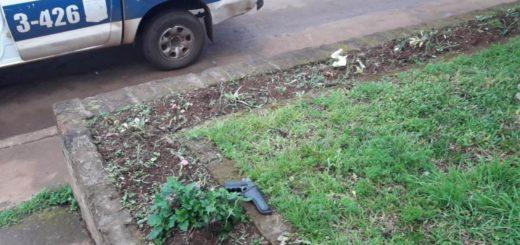 Encontraron un arma apta para el disparo en plena vía pública posadeña