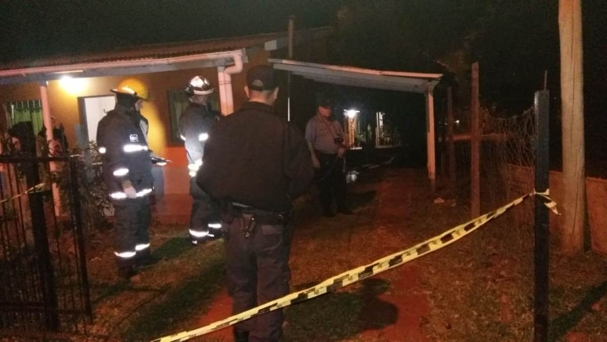 Murió la enfermera de Alem que se había prendido fuego en su casa