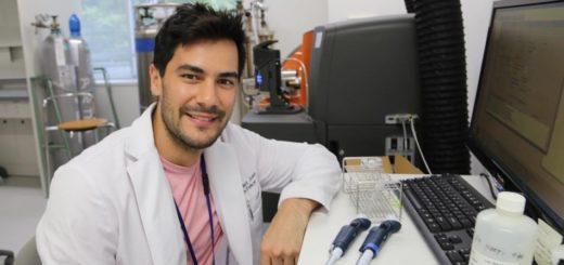 Reconocimiento de la Universidad de Osaka como investigador al científico argentino Matías José Caldez, egresado de la carrera de Genética de la UNaM