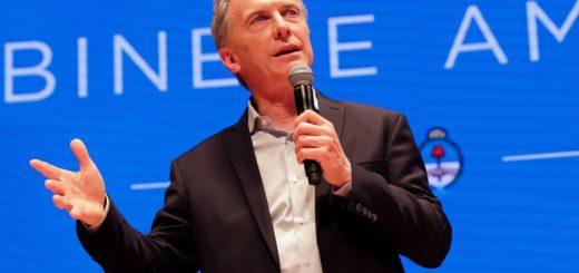 """Macri admitió la """"emergencia"""" y dijo que """"hay que preparar el terreno, desmalezar"""" para """"sembrar una nueva Argentina"""":"""