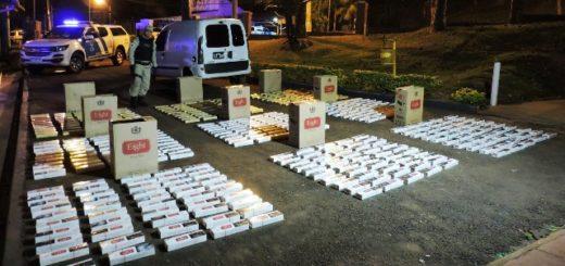 Prefectura secuestró casi 12000 paquetes de cigarrillos y marihuana en Misiones