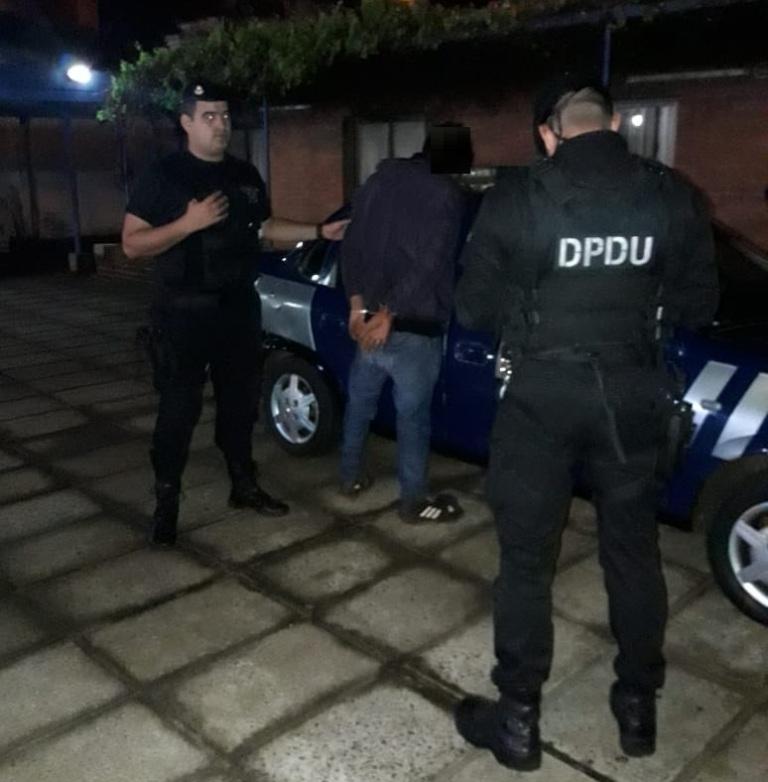 Ladrón armado intentó asaltar a una pareja en Posadas: hay un sospechoso detenido