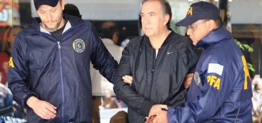 """Según TN, Oscar Thomas fue encontrado en un departamento del hijo del ex """"intocable"""" de la DGI, Luis María Peña"""
