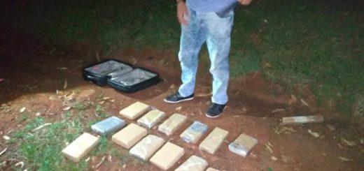 Narcos abandonaron una valija con droga en Candelaria