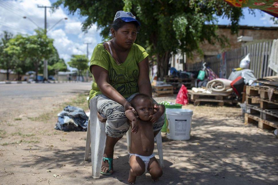 Brasil estudia organizar la entrada de venezolanos al país por turnos