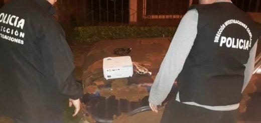 Cayeron dos hermanos cuando intentaban vender proyector robado de una escuela en Posadas
