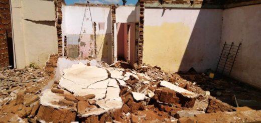 Un hombre murió aplastado por una pared mientras demolían una casa en Posadas