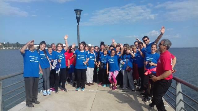El IPS festejó el Día Mundial del Alzheimer con una caminata en la Costanera de Posadas