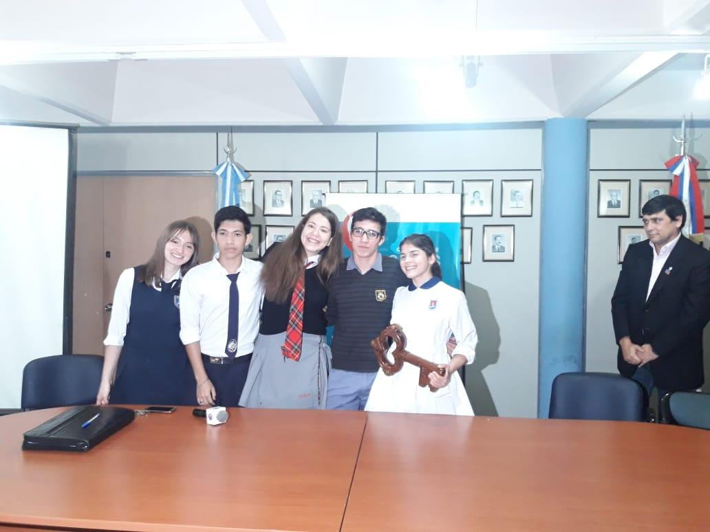 Joaquín Losada entregó la llave de la ciudad a los estudiantes