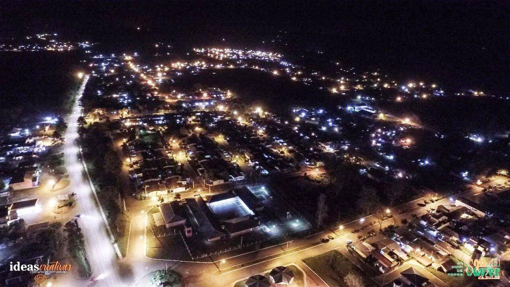 Instalaran 4 mil luminarias LED en municipios de la provincia que tienen una vida útil de 21 años