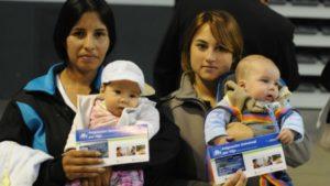 Preparan un bono para los beneficiarios de la Asignación Universal por Hijo