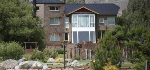 """Cristina denunció que le """"destrozaron"""" su casa en Calafate durante los allanamientos"""
